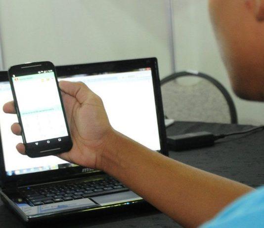 Em maio, 13% dos brasileiros ocupados trabalharam no sistema home office
