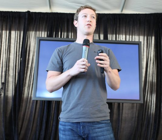 Facebook amplia medida de trabalho em casa até a metade de 2021