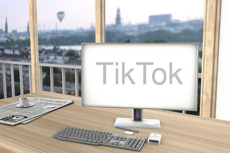 Nova função do TikTok permite agregar diversos vídeos