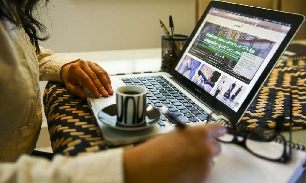 Home office pode elevar renda média nacional, conforme estudo
